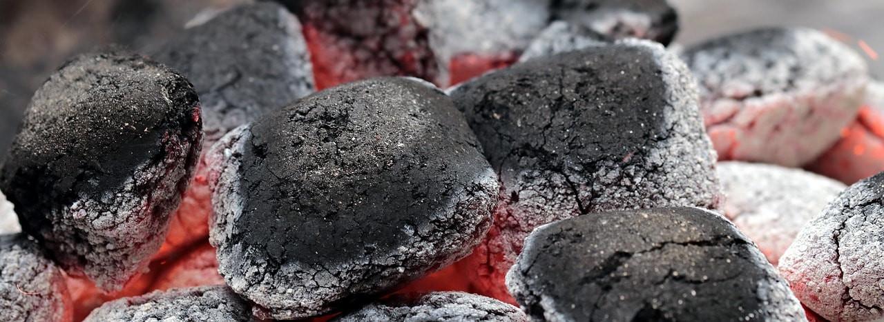 charcoal-2396754_1280-min