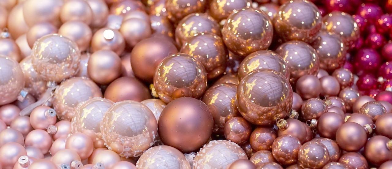christmas-balls-2995437-min