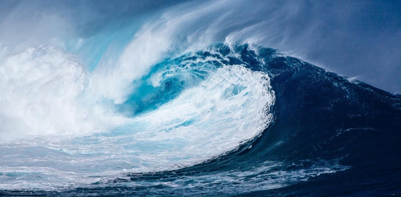wave-1913559_1920S-min